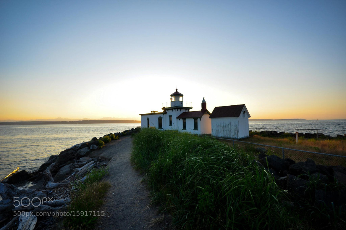 Photograph Discovery Park by Stuck Pixel on 500px
