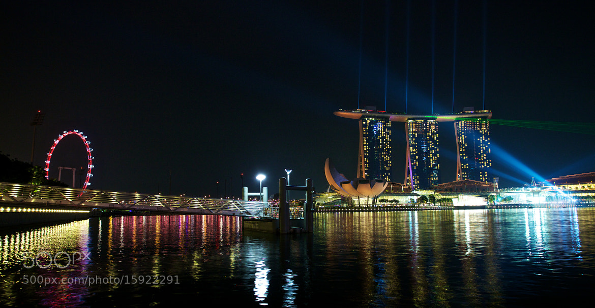 Photograph Marina Bay Sands - Laser Show by Sean Cheng on 500px
