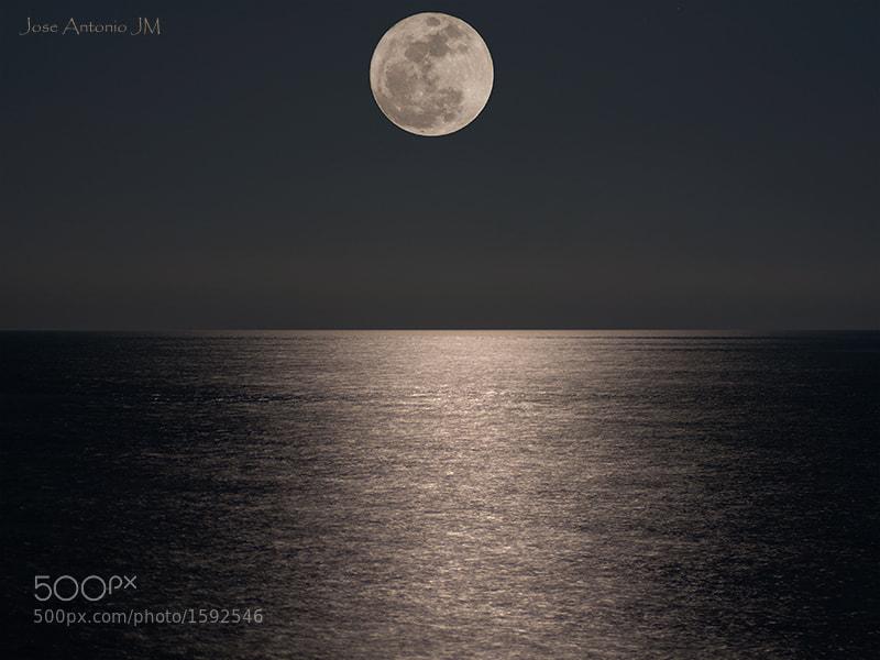 Photograph Moon by Jose A. Jerez on 500px