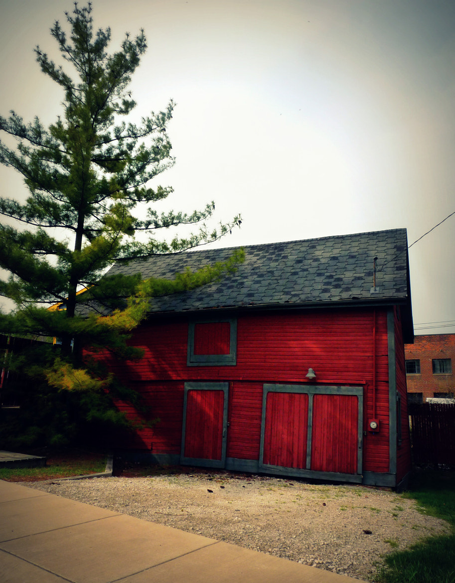 Photograph Barn in downtown Ann Arbor by Britany  Colton on 500px