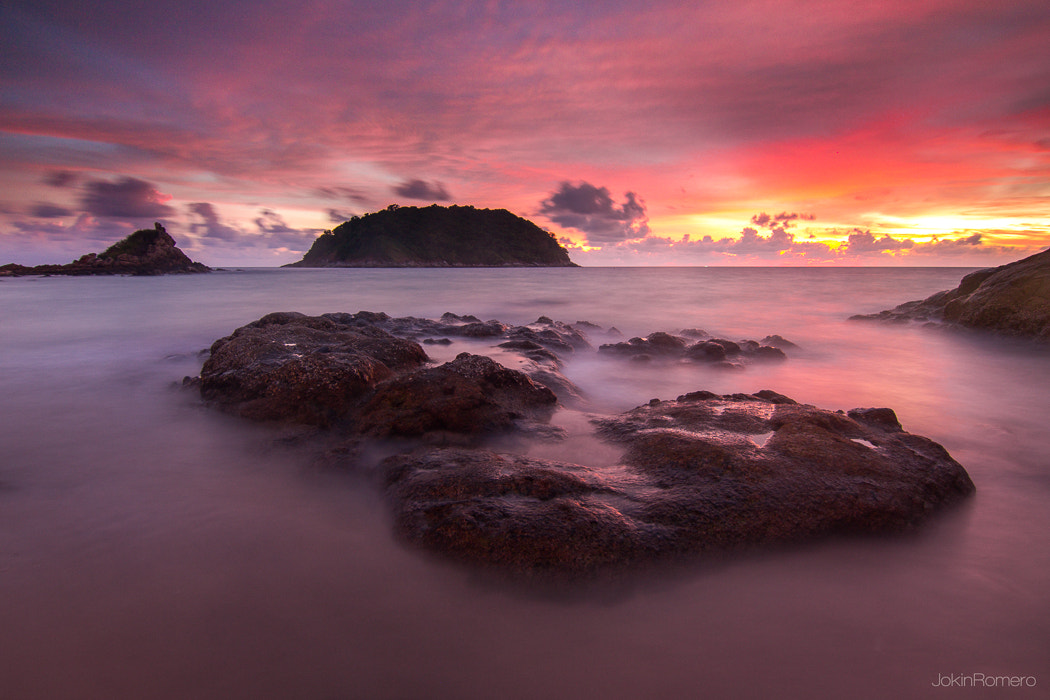 Photograph Red lights in Phuket by Jokin Romero on 500px