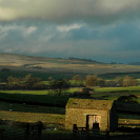 On my way to the Yorkshire Moors, the weather changed again, he sky was ominous and the light dramatic ... then I saw this!!! A skew old barn in the spotlight, luckily, I could stop and park, my camera at hand, as usual, what a beauty!