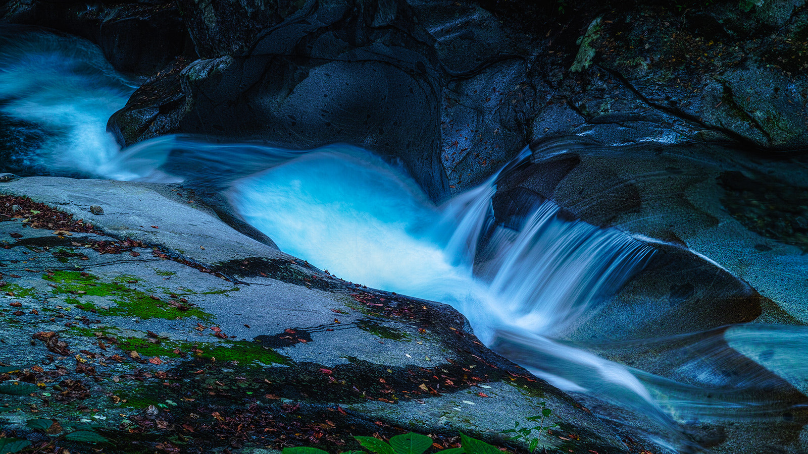 Photograph Stream of Emerald by Hideo Ishijima on 500px