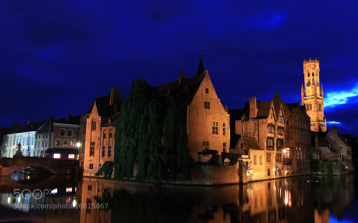 Photograph the Night in Brugge  by Musa KAYRAK on 500px