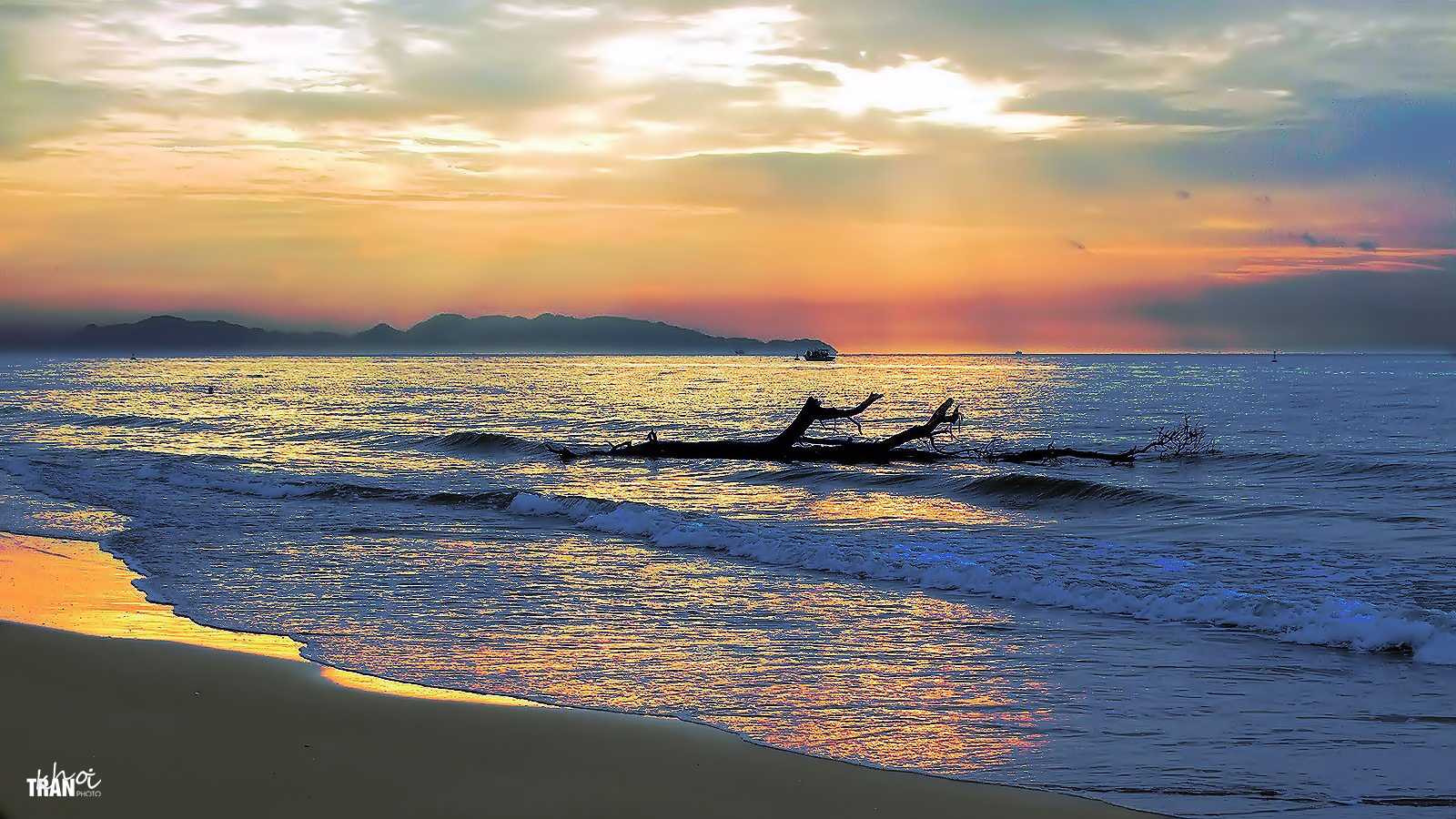 Photograph A new day in Vung Tau by Khoi Tran Duc on 500px