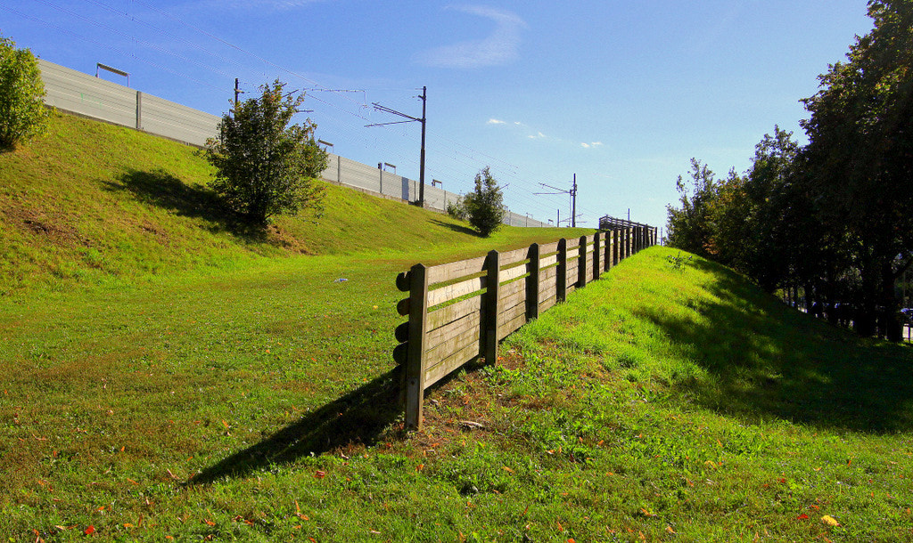 Photograph Wooden fence and wall by Rainer Leiss on 500px