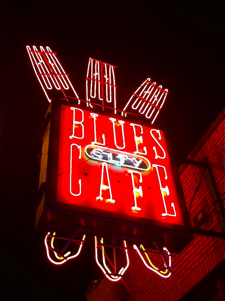 Photograph Blues City Cafe, Beale Street, Memphis by Becca Thompson on 500px
