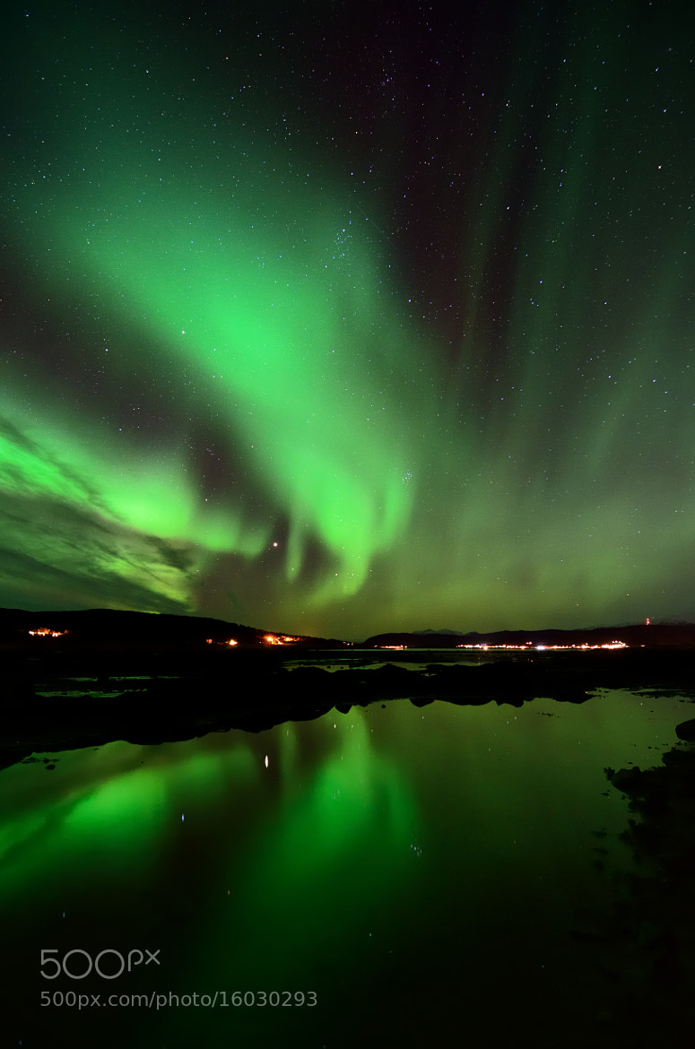 Photograph stars and aurora reflections by John Hemmingsen on 500px
