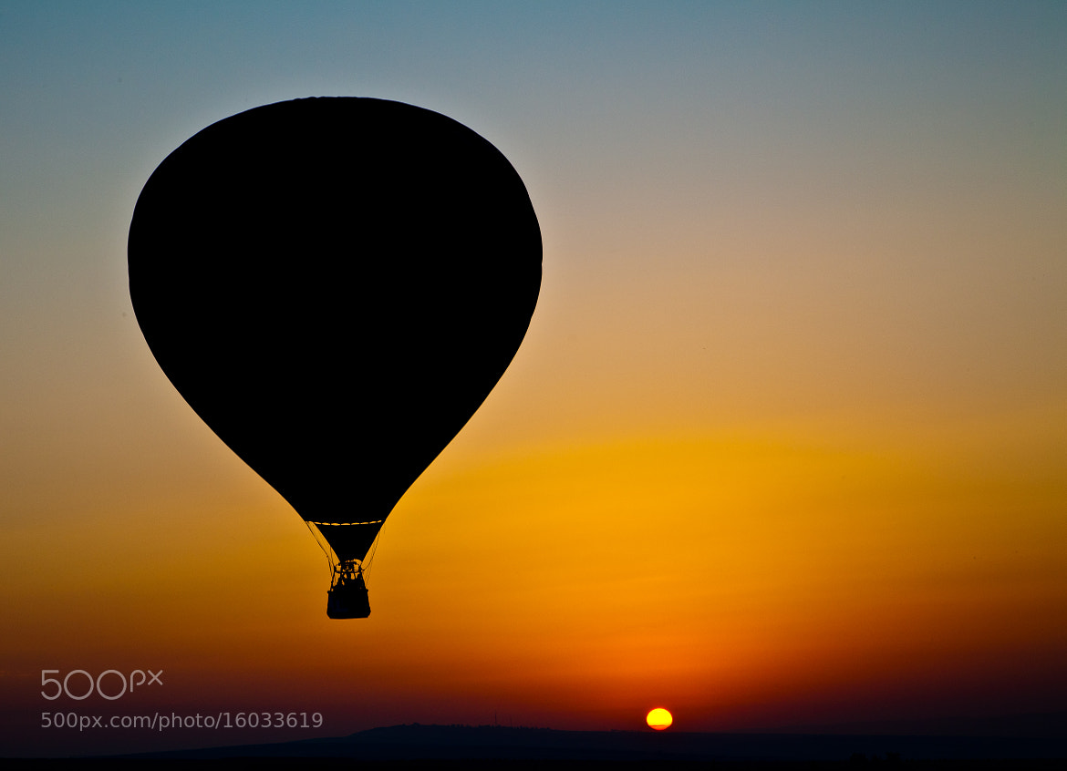 Photograph Hot air balloon by T.  Eliash on 500px