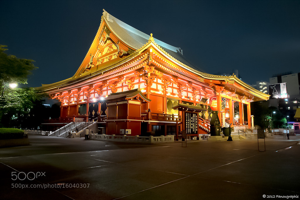 Photograph Sensô-ji light by Fanougraphie * on 500px