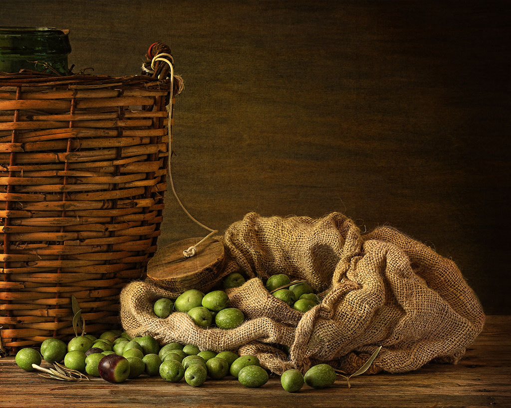 Photograph olivas o aceitunas... by Isabel  López on 500px