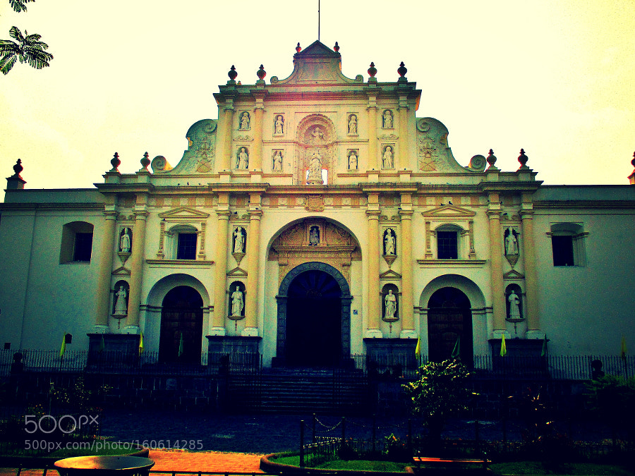 Cathedral in Antigua, Guatemala., Canon POWERSHOT ELPH 140 IS