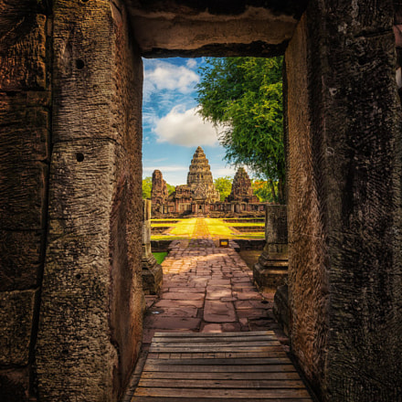 Enter me to Phimai