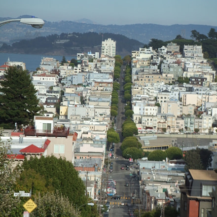 Top of Lombard ST, Fujifilm FinePix Z1