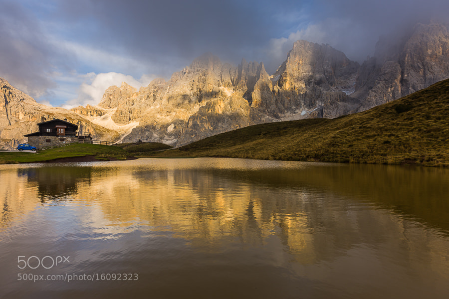 "<a href=""http://www.hanskrusephotography.com/Workshops/Dolomites-October-7-11-2013/24503434_Pqw9qb#!i=2154261898&k=4SZLhFN&lb=1&s=A"">See a larger version here</a>