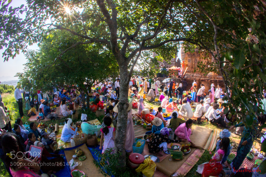 Cham Kate Festival - Brahmans by huuthanh nguyen (thanhlab24) on 500px.com