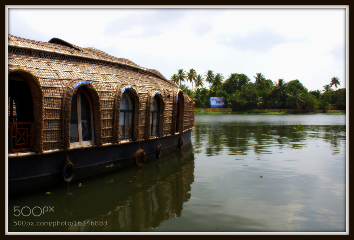 Photograph House boat all set to sail... by HARINI RAJAGOPAL on 500px