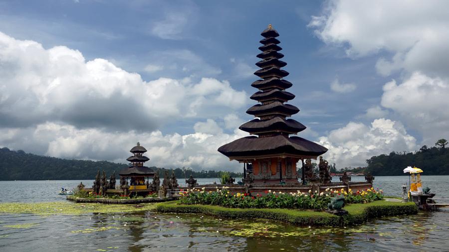 Pura Lingga Petak, Bali, Indonesia by Andris Lipskis on 500px.com