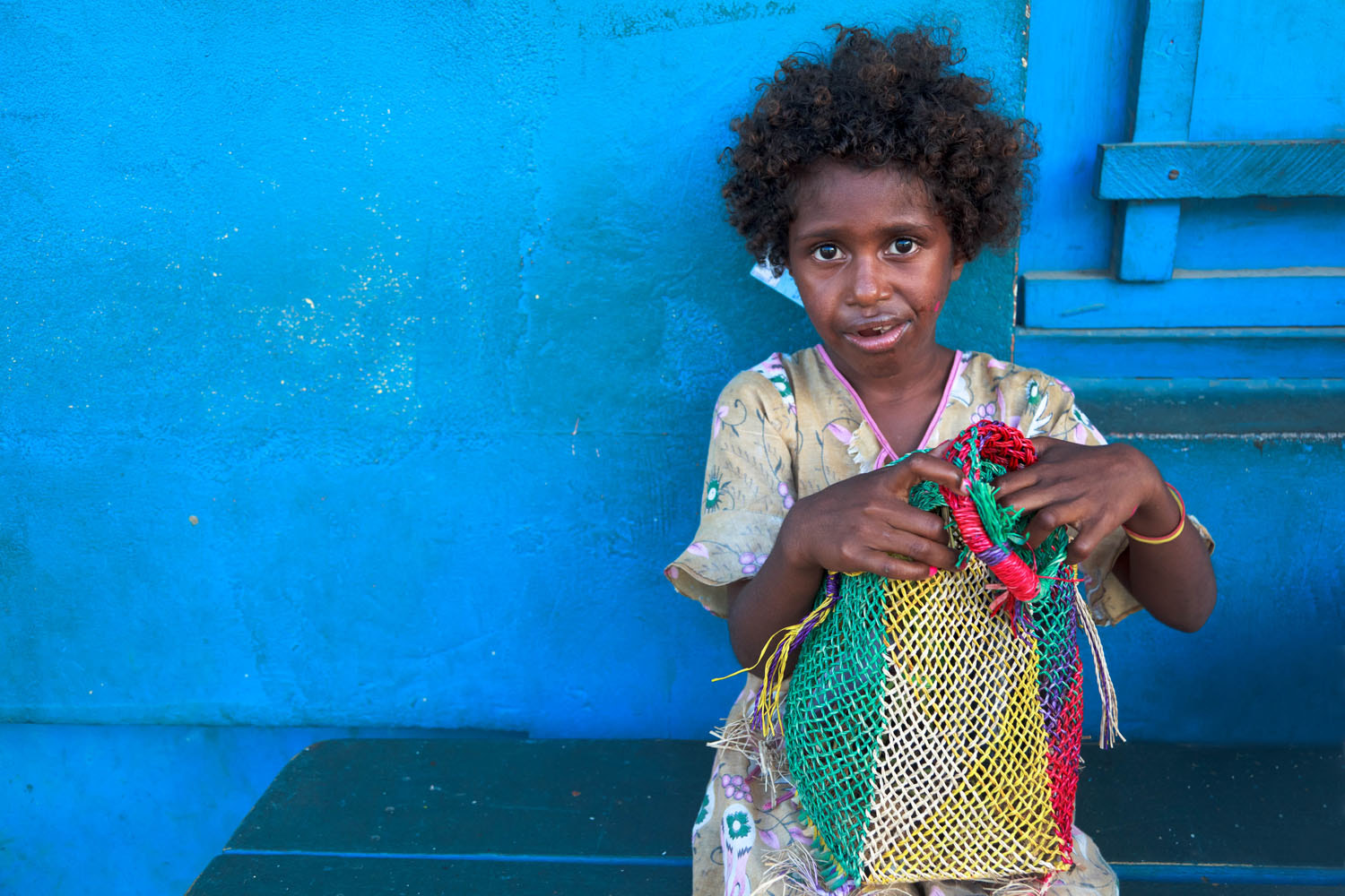 Photograph Girl with a shopping bag by Magda Biskup on 500px