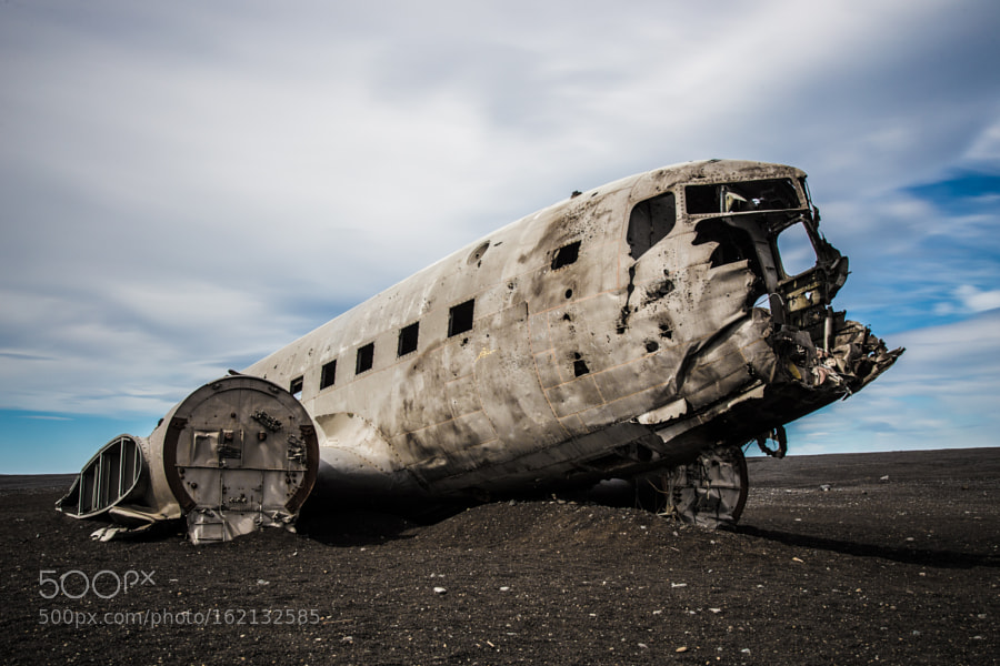 The wrack of a crashed Douglas DC-3 in Iceland