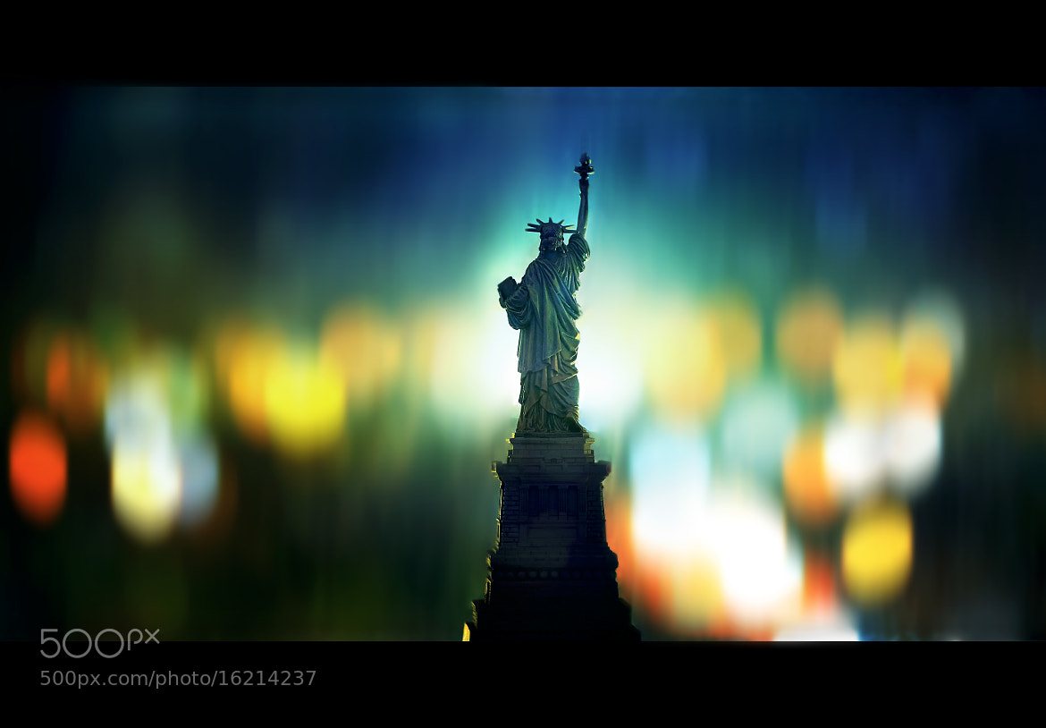 Photograph { An Icon of Freedom } by Thai Hoa Pham on 500px