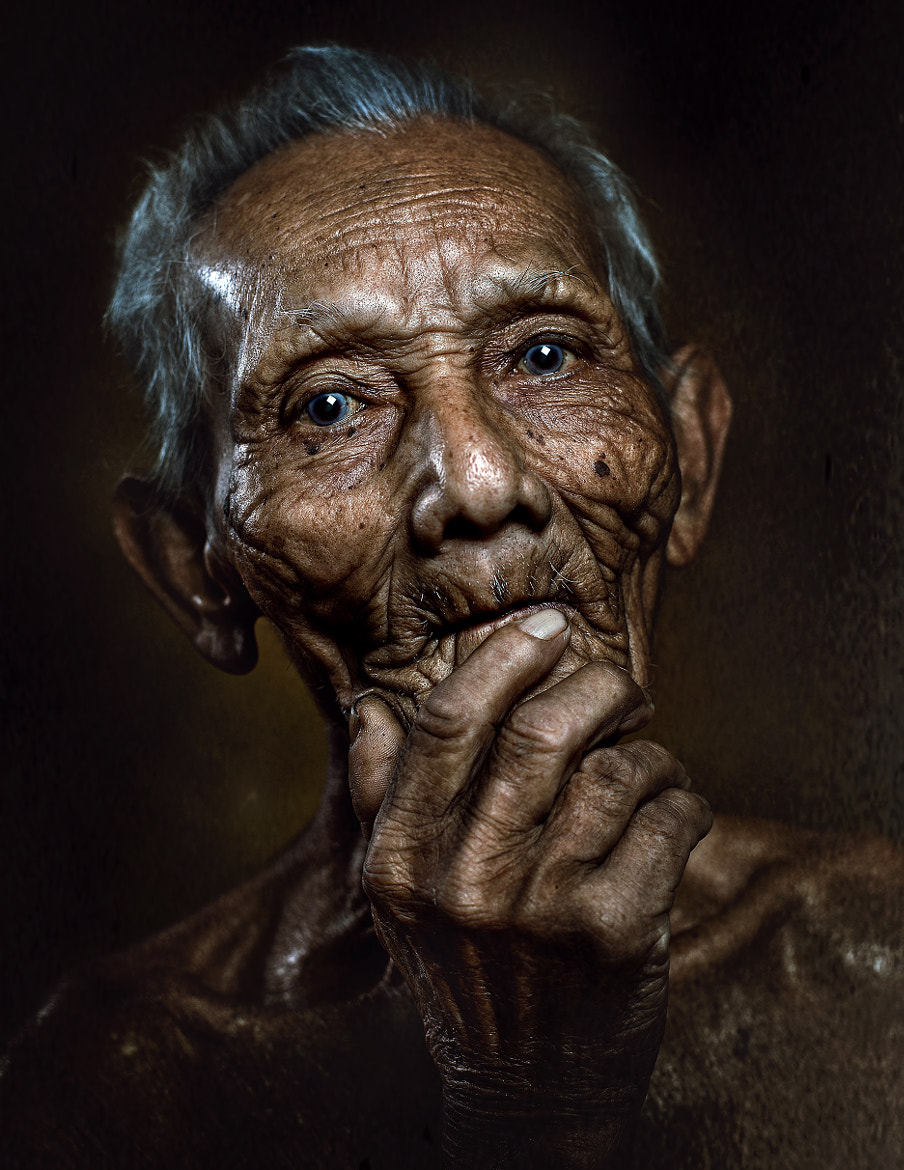 Photograph WHEN THE AGE OF 100 YEARS by abe less on 500px