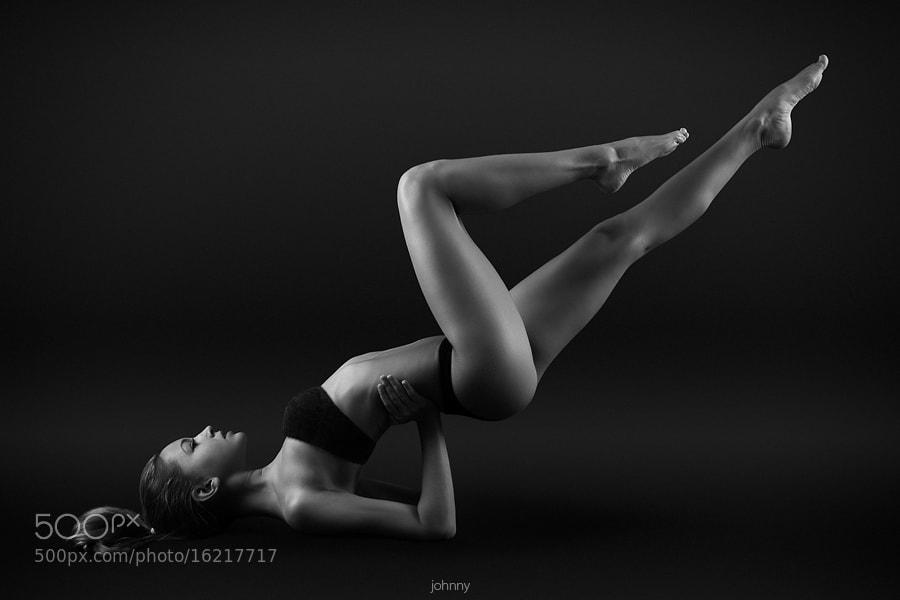 Photograph body line by  Evgeny Kuznetsov on 500px