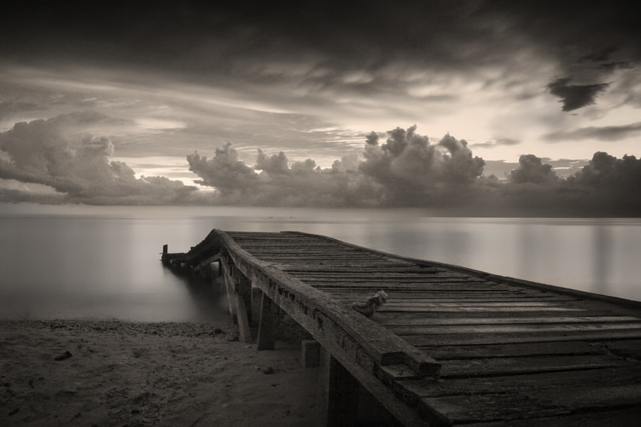 Photograph  Emptiness by J.Aner Gamboa on 500px