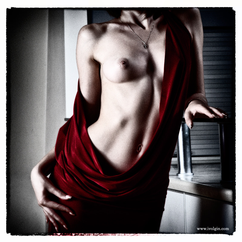 Photograph The beautiful lines of the female body nude women in red by Igor Volgin on 500px