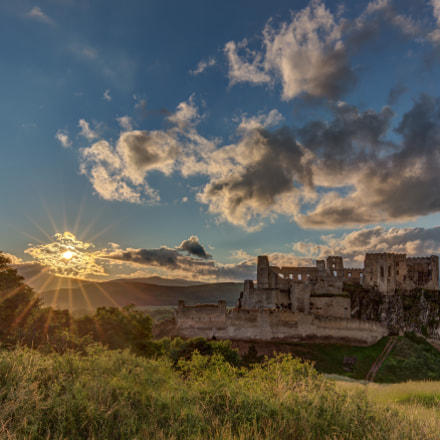 Sunset at Beckov castle