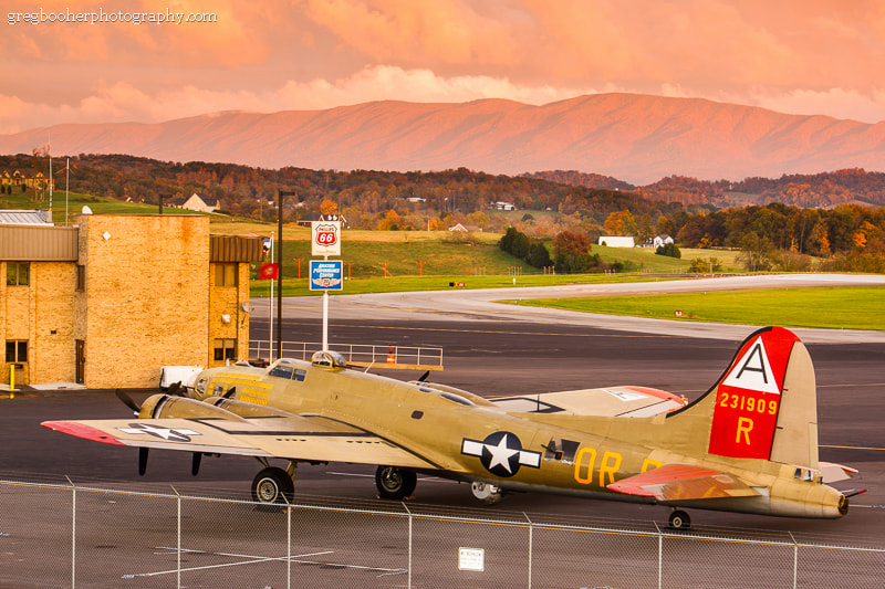 Photograph B-17G Nine O Nine at Sunset by Greg Booher on 500px