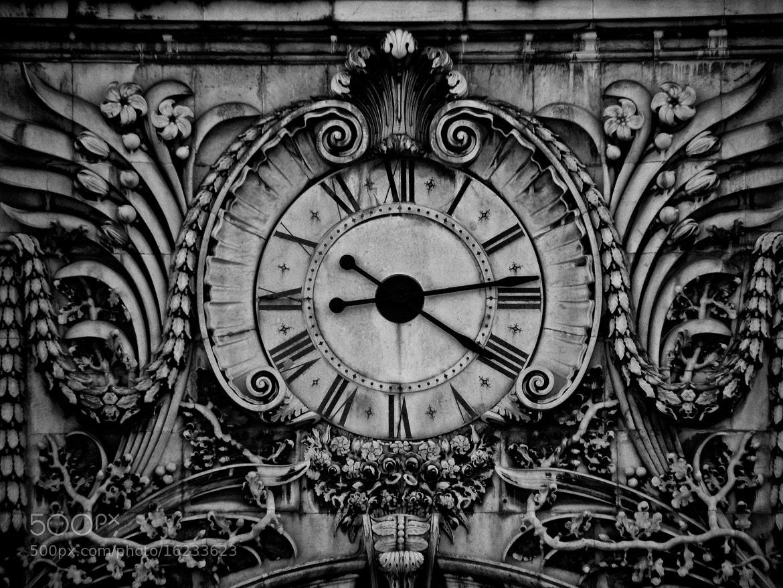 Photograph Big old clock. by Tiago Pedrinho on 500px