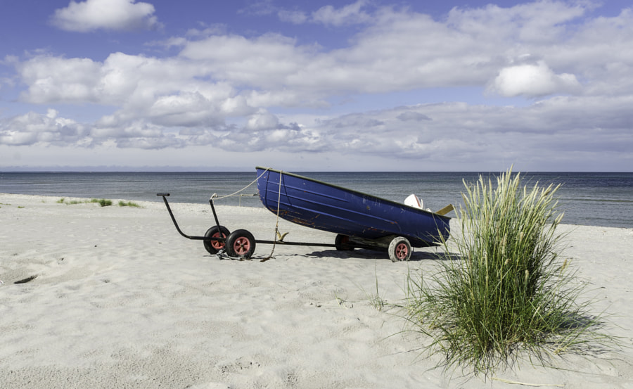 Dinghy on the beach