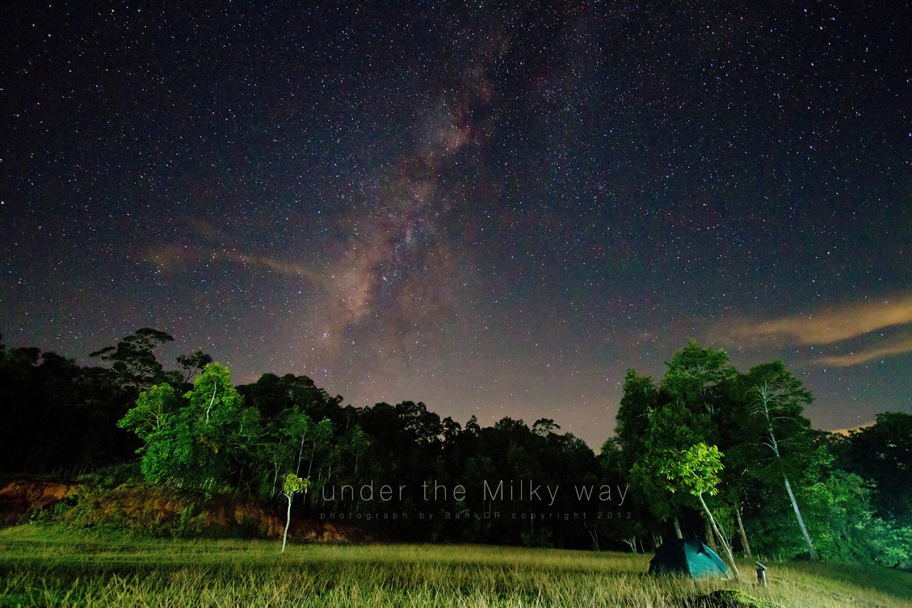 Photograph Under the Milky way by poneaks sirivetaumnuikit on 500px