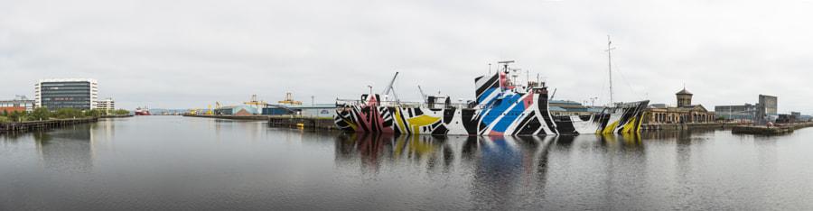Dazzle boat panorama