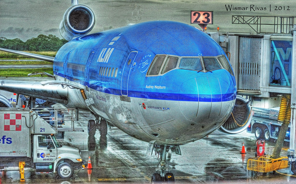 Photograph Airport 1 by Wismar Rivas on 500px