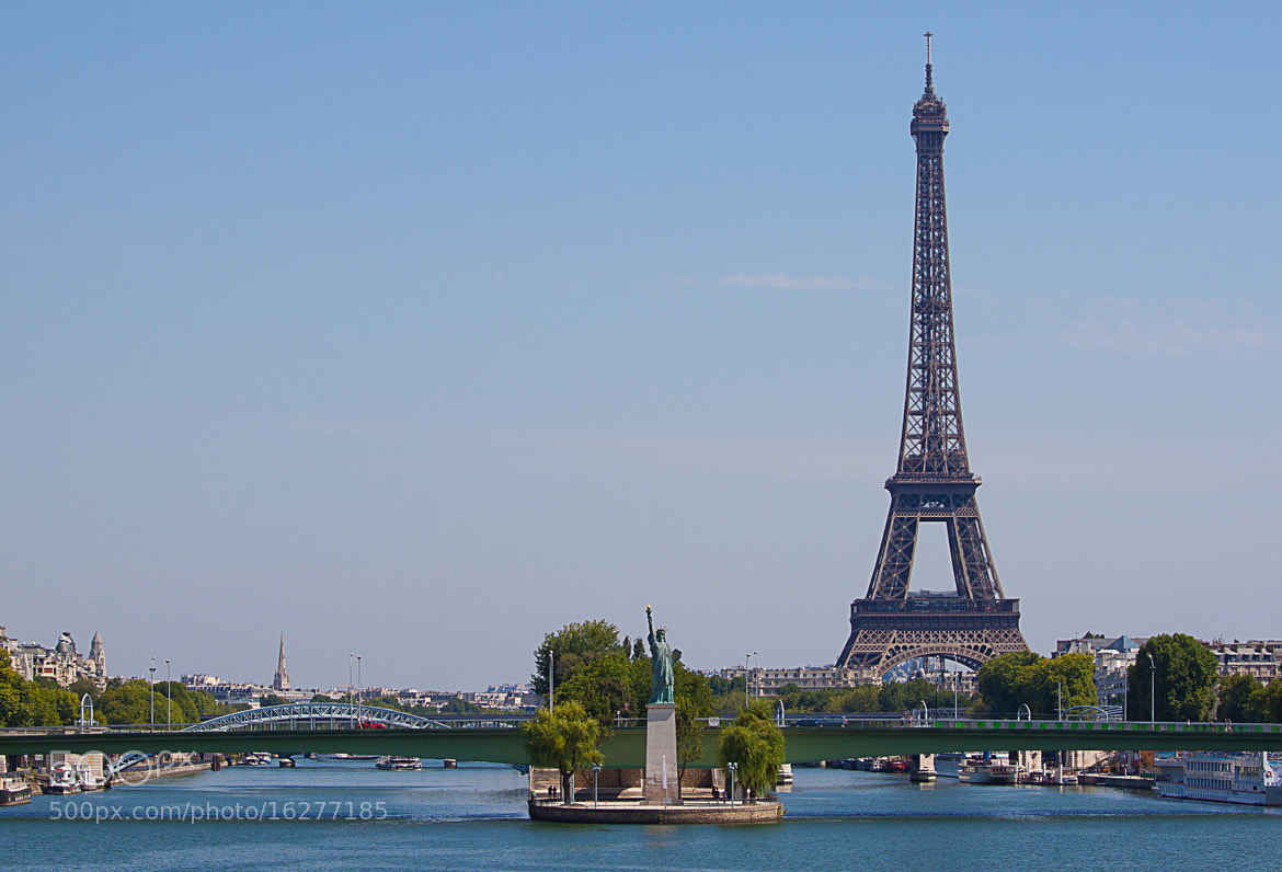 Photograph A View from Pont Mirabeau by Darren Brown on 500px
