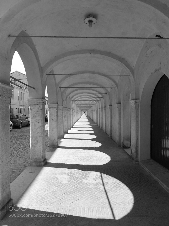 Photograph portici di Comacchio by Fabrizio Pivari on 500px