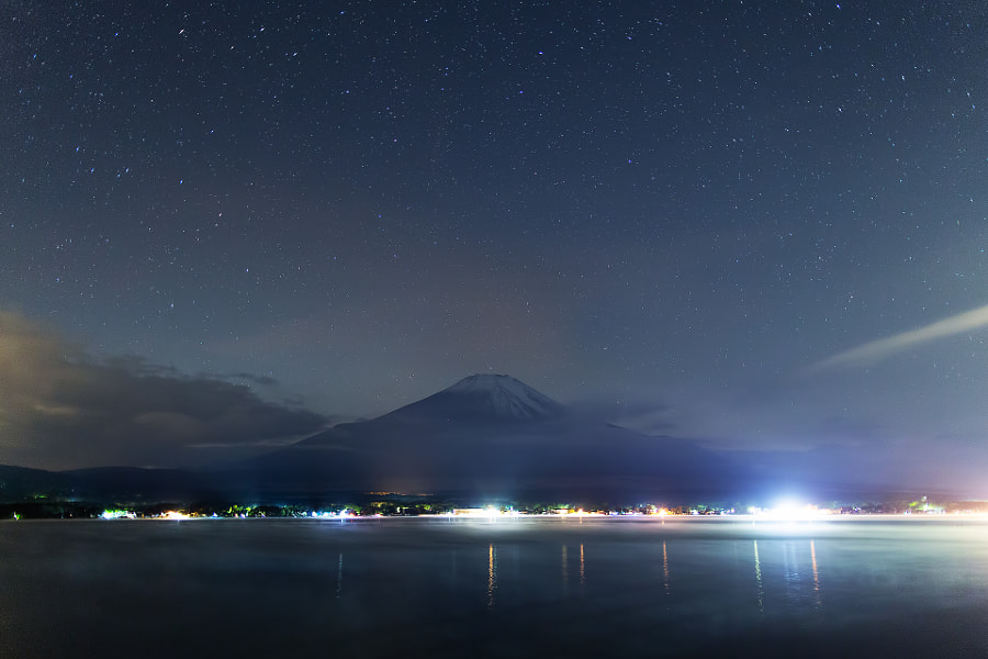 This snowy Mt.Fuji picture is my first shot in this autumn.(taken at 3:46AM)