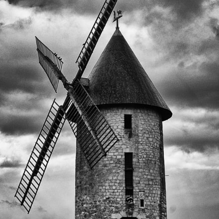 Moulin, Pentax K2000, smc PENTAX-DA L 18-55mm F3.5-5.6