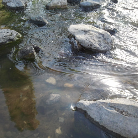 rocks and water, Samsung SGH-I897