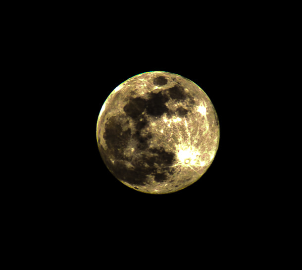 Photograph Full moon by Ampon Boonrat on 500px