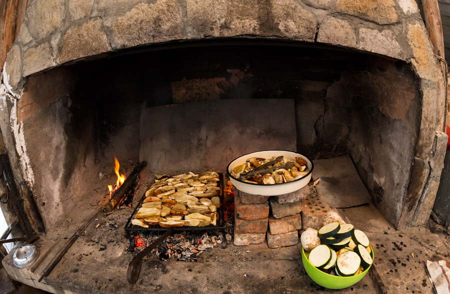 Rustic dinner. Oven, , stove, coals, grill. Backed porcini, mushrooms. Tasty. Печёные на углях белые грибы