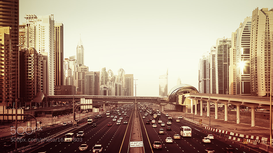 Photograph sheikh zayed rd by Jens  Fersterra on 500px