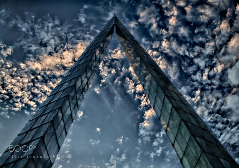 Photograph closest to the sky by Flávio Parreiras on 500px