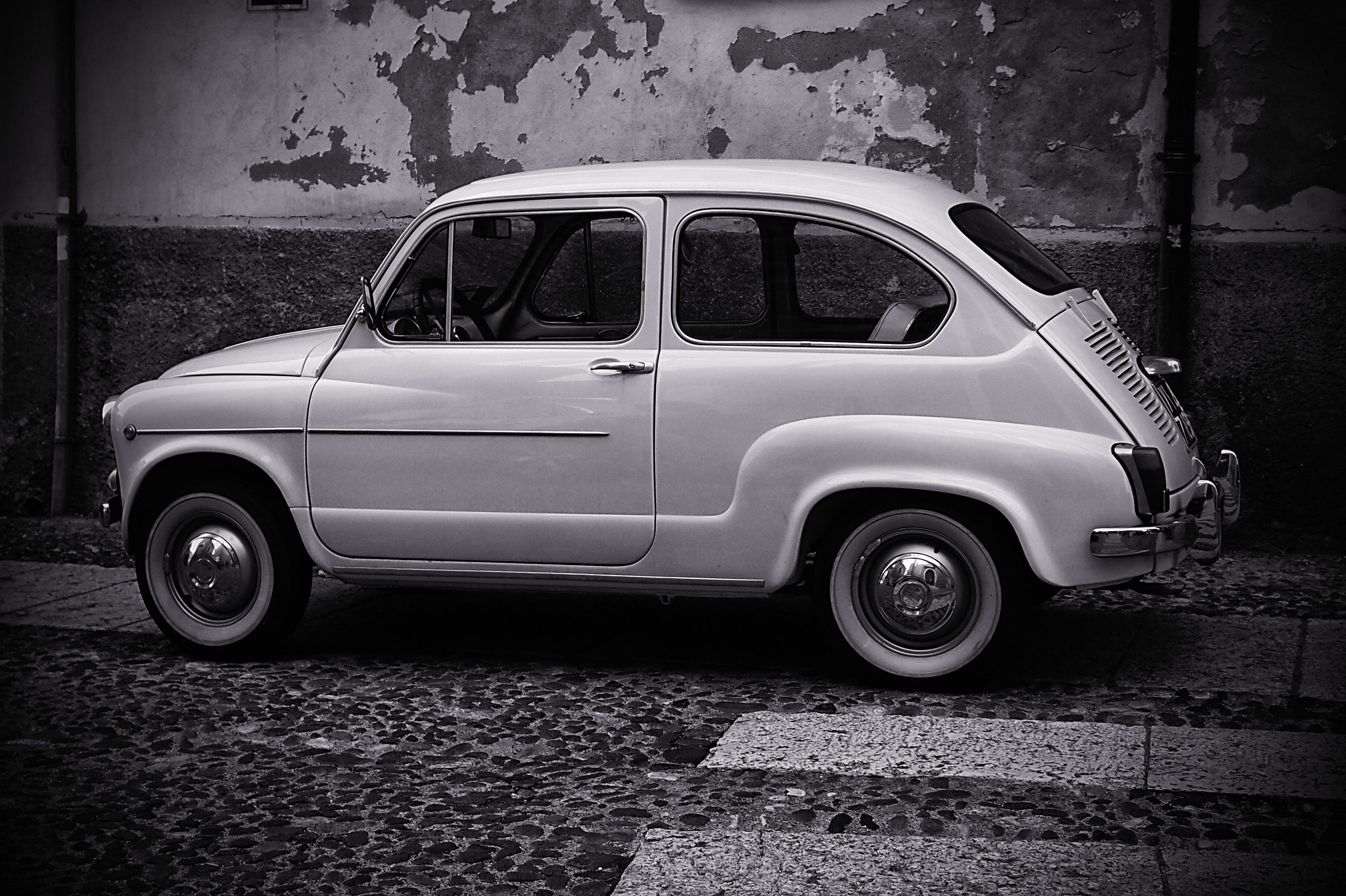 Photograph Vintage Car by Fabrizio Iacoviello on 500px