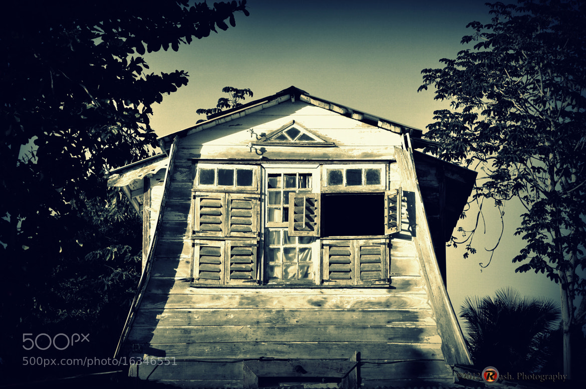 Photograph old house by Fadiel Baksoellah on 500px