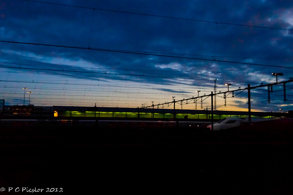 Photograph Night train by Pete  Pieslor on 500px