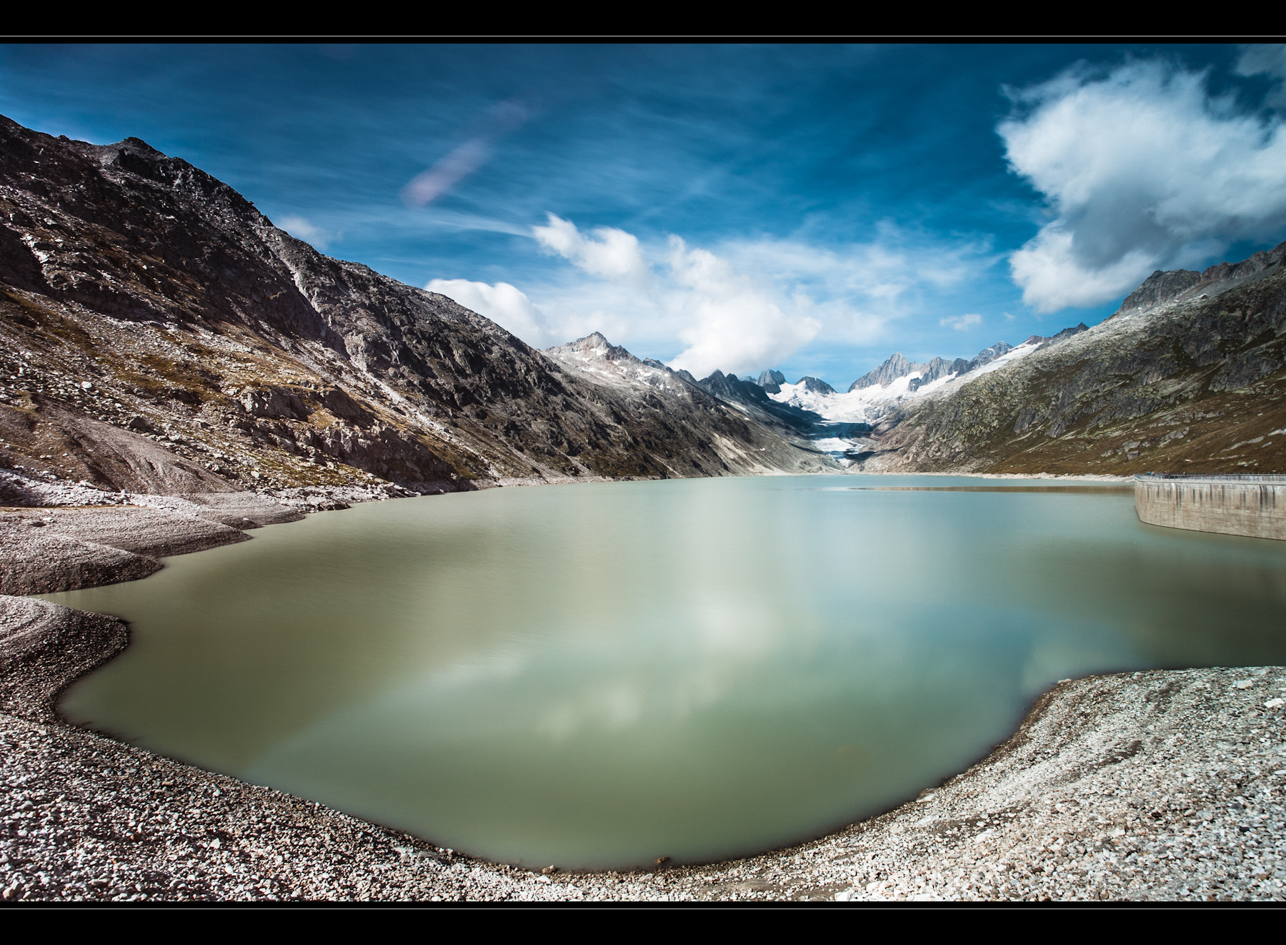 Photograph Oberaarsee by Roger Uceda Molera on 500px