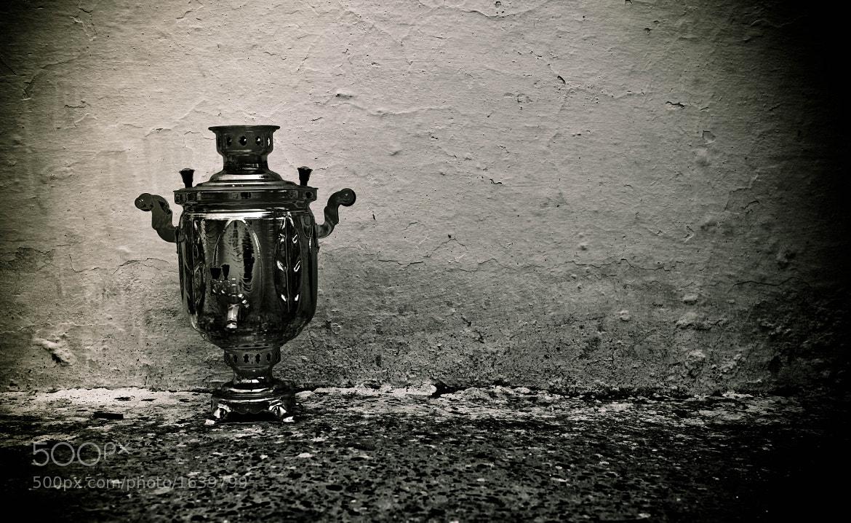 Photograph лето заканчивается, самовар останется на даче один... by Bahman Mirzoyev on 500px